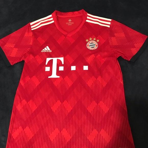 best service e4ecc 9bcaa FC Bayern Munich Home Jersey